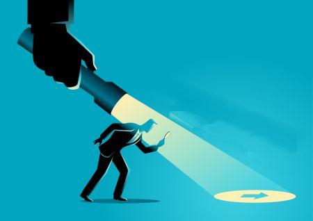 Торговля откатами со скрытой дивергенцией в ExpertOption